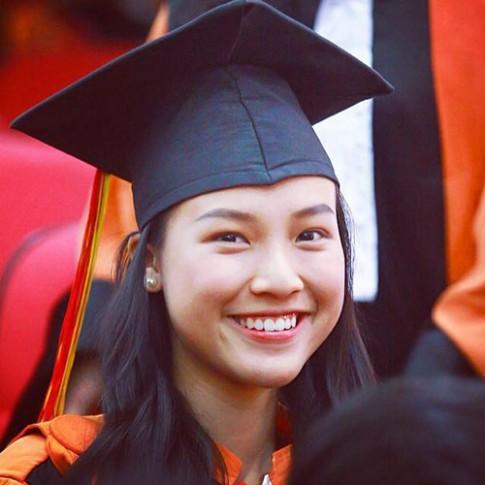 Mỹ nhân Việt xinh đẹp trong ngày tốt nghiệp đại học