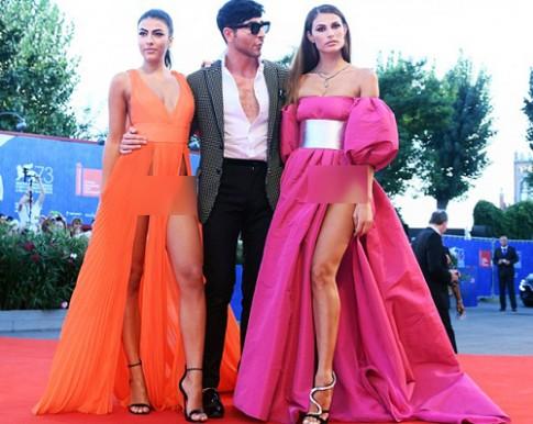 Người mẫu gây sốc thảm đỏ Venice với trang phục khoe thân