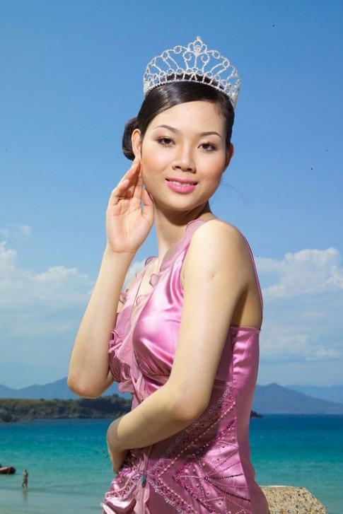 Nhan sac 6 nguoi dep Viet tung lot top Hoa hau The gioi