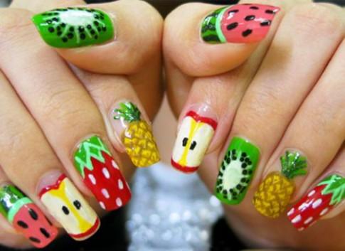 Những mẫu nail mát lạnh giúp bạn giải nhiệt mùa hè