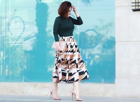 Phong cách thanh lịch đáng khen của nữ doanh nhân 8X