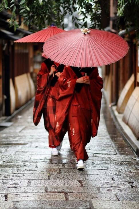 Shiseido ra mat Bo suu tap Rouge Rouge sac mau nguyen ban