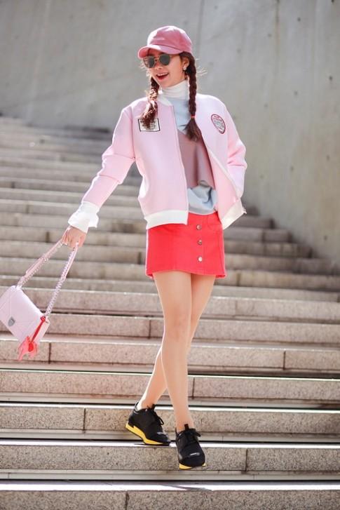 Street style day mau sac cua Minh Hang tai Han Quoc