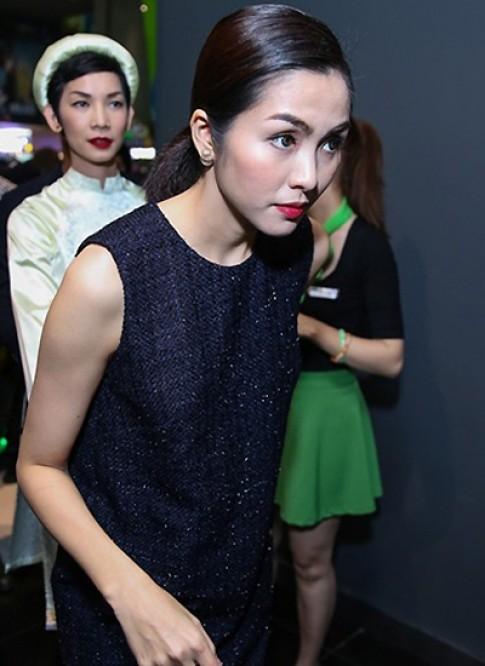 Tang Thanh Ha mac don gian giua dan sao du su kien