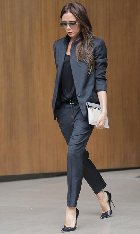 Tiết lộ lí do Victoria Beckham từ bỏ giày cao gót