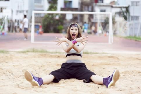 Trang Khieu nhi nhanh voi phong cach sporty chic