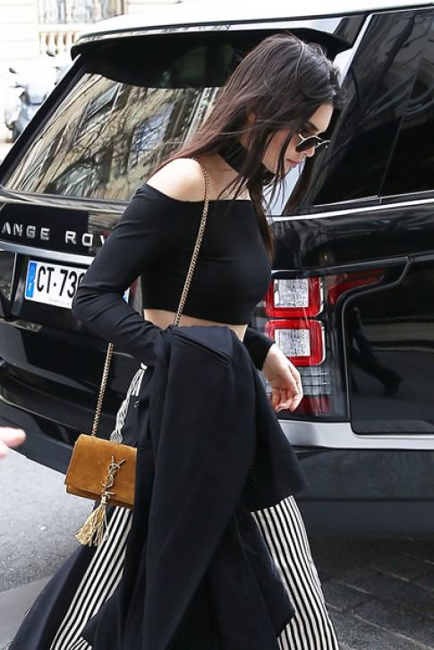 Túi xách Saint Laurent được siêu mẫu thế giới yêu thích