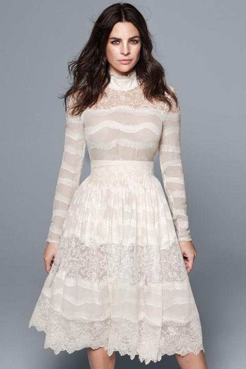 Váy cưới bình dân của H
