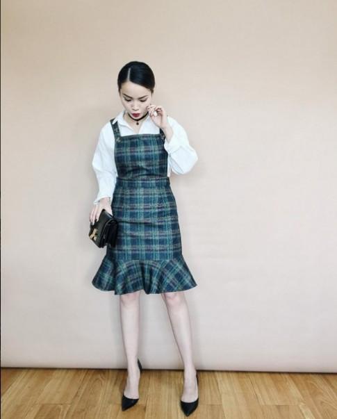 Vay duoi 700 ngan nhung xinh lung linh cua Yen Trang-Yen Nhi