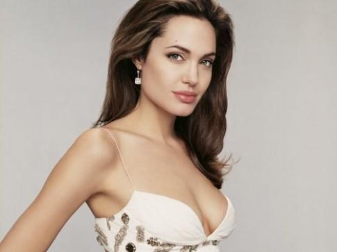 Viet Nam chua the doan nhu ung thu som nhu Angelina Jolie
