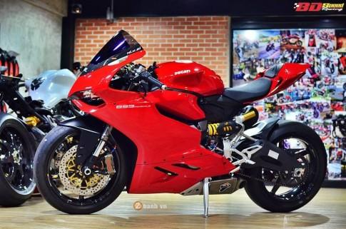Ducati 899 Panigale day tuyet hao cung dan option dat tien