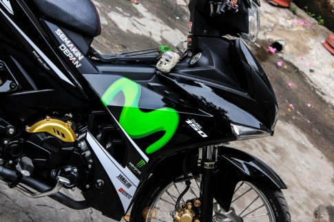 Exciter 150 do phong cach Movistar Dragster cua thanh vien 2banh