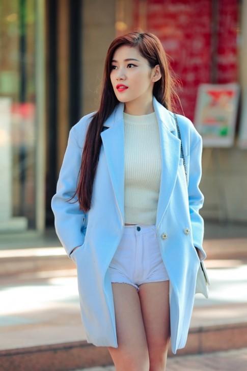 Gợi cảm đón Noel cùng hotgirl Hà Nội giỏi 4 ngoại ngữ