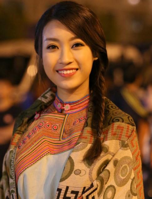 Hoa hau My Linh, Thanh Hang trang diem dep nhat tuan