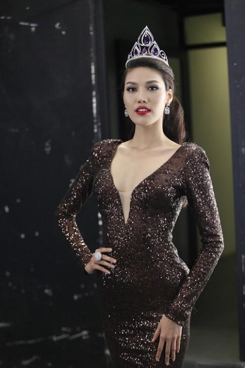 Lan Khue tin Dieu Ngoc se lam nen chuyen tai Miss World 2016