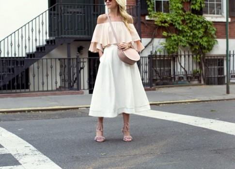 Những mẫu váy xinh và mát đặc trị đôi chân xấu