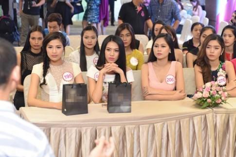 """Thi sinh HHVN bat dau thuc hien du an """"Nguoi dep Nhan ai"""""""