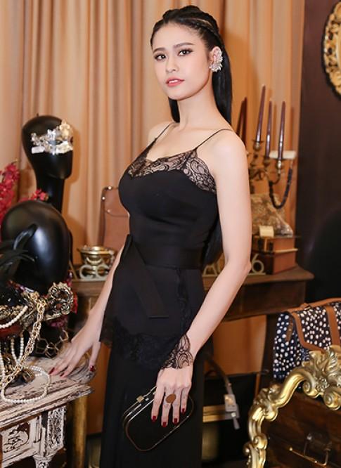 Trương Quỳnh Anh sexy, Lan Ngọc kín đáo tại sự kiện
