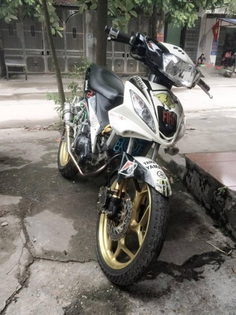 Exciter 135 4 so do dan chan Asio khung cua biker Thai Nguyen
