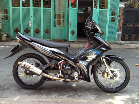 Exciter 135 Spark cuc phong cach
