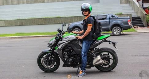 Kawasaki Z1000 không zin nhưng nghiêm chỉnh của doanh nhân Sài Thành