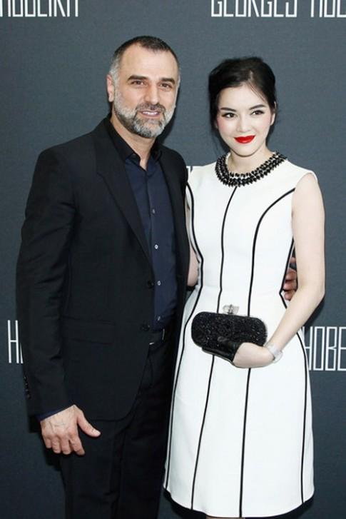 Ly Nha Ky bat ngo xuat hien tai Paris Fashion Week
