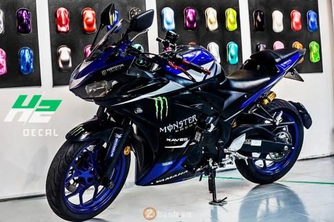 Yamaha R3 manh me trong bo ao Monster day chat choi