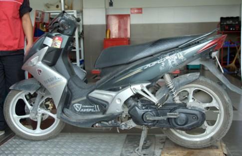 Benh dac trung tren xe Yamaha Nouvo LX