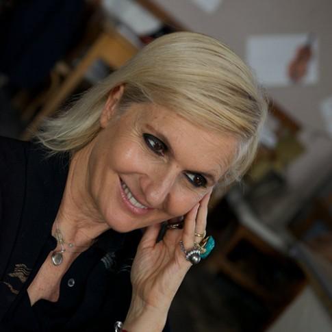 Chân dung nữ giám đốc sáng tạo đầu tiên của Christian Dior