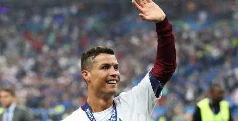 Chan thuong cua C.Ronaldo rat de tai phat va co the anh huong lau dai