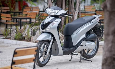 Chi tiet Honda SH 125i doi 2011 tai Ha Noi