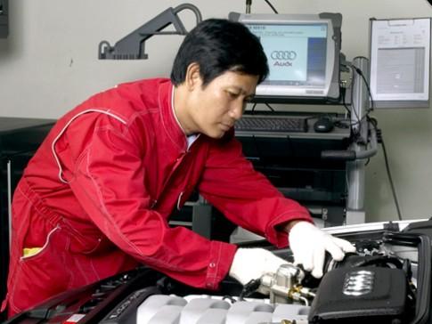 Chuyen gia Audi sang sua xe tai Viet Nam