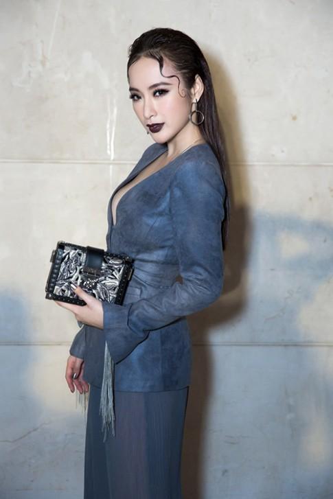 Day la ly do khien hoa hau My Linh, Angela Phuong Trinh bo ve giua show