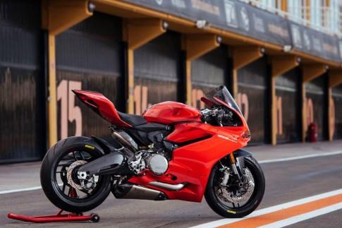 Ducati 959 Panigale cùng gói phụ kiện Performance chính hãng