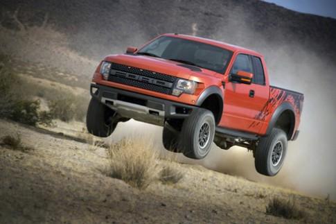 Ford trình làng F-150 SVT Raptor mới