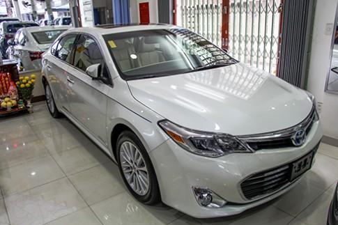 Hang hiem Toyota Avalon Hybrid 2014 gia 2,2 ty dong