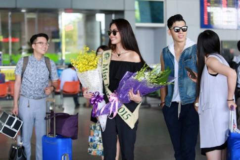 Hoa hau Trai dat 2015- Angelia Ong toi tham Viet Nam