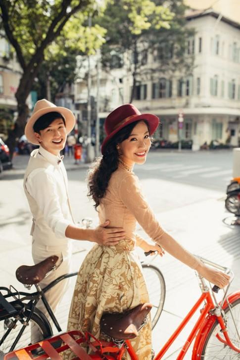 Hoang Oanh - Huynh Anh cap doi mac dep khien dan FA phat ghen