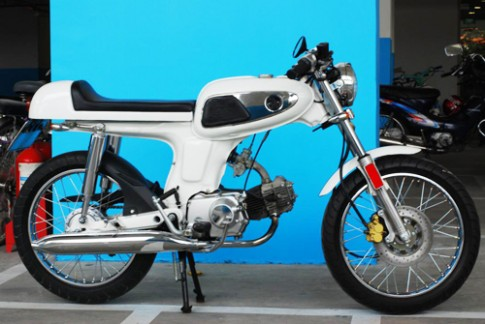 Honda 67 do cafe racer cua chang Tay tai Viet Nam
