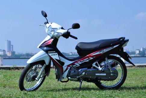 Honda Blade 110 - pha cach xe so pho thong