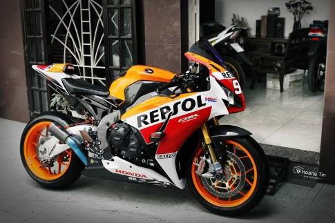 Honda CBR1000RR SP Repsol do sieu khung cua biker Viet