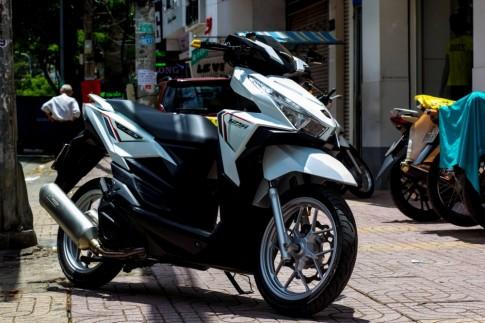 Honda Click 125i do chat gan nhu zin cua biker Viet