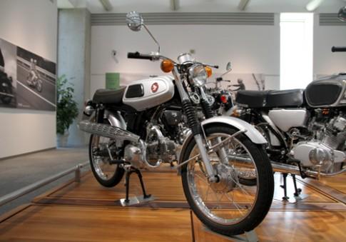 Honda SS50 doi 1967 hang hiem tai que nha