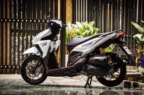 Honda Vario trang long lanh cung it do choi chat cua TN's Racing Shop