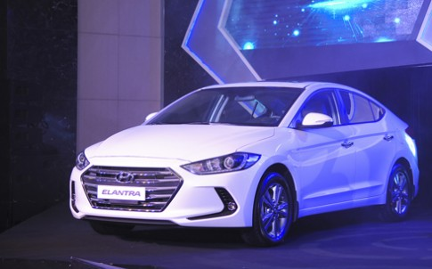 Hyundai Elantra 2016 - thêm thách thức cho Altis tại Việt Nam