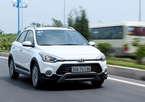 Hyundai i20 Active - hatchback an bong crossover
