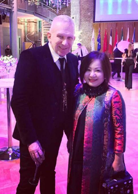 Jean Paul Gaultier muon tim hieu thoi trang Viet Nam
