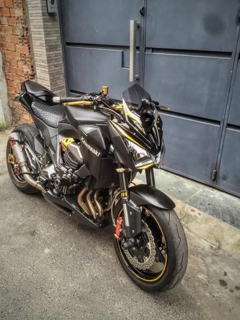 Kawasaki Z800 do full option cua biker Sai Thanh
