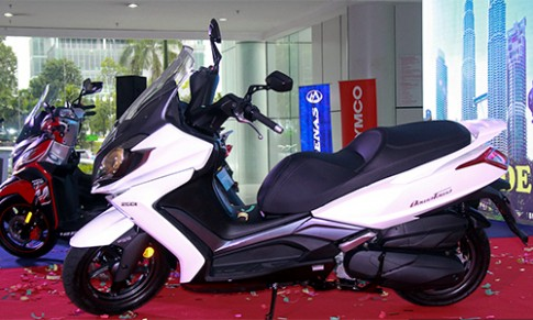 Kymco Downtown 250i gia 5.100 USD