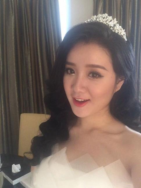 Miss Teen Xuan Mai rang ro trong dam cuoi voi chong dai gia